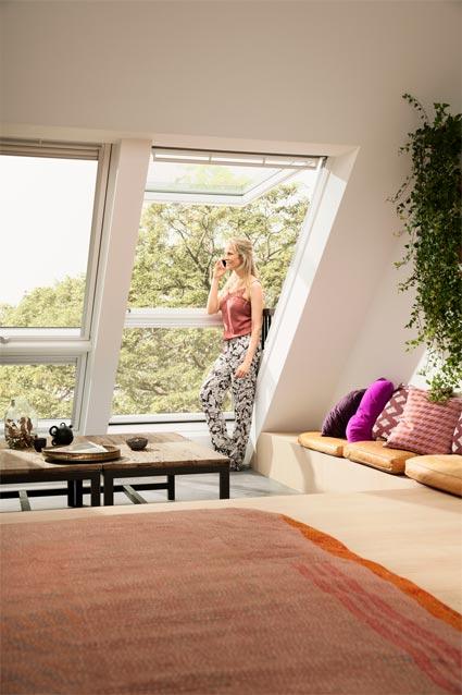 Balcony roof window